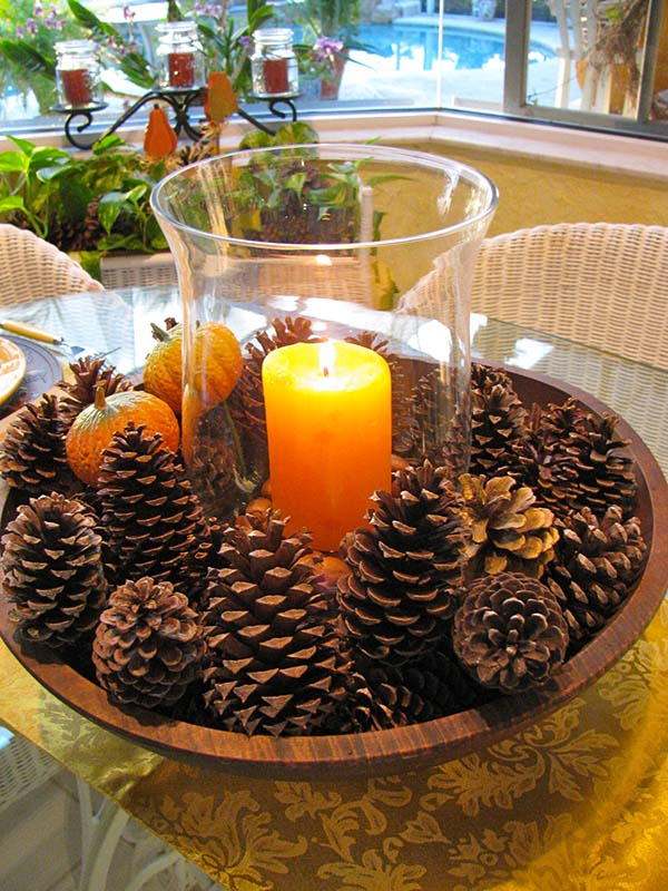 DIY fall centerpiece ideas candle and pines #fallcenterpiece #falldecor #diy #falldecoration #thanksgiving #decorhomeideas