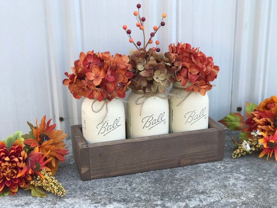 DIY fall decoration jars #fallcenterpiece #falldecor #diy #falldecoration #thanksgiving #decorhomeideas