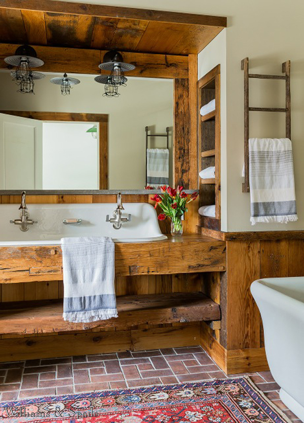 Farmhouse bathroom reclaimed wood #troughsink #bathroom #farmhouse #sink #decorhomeideas