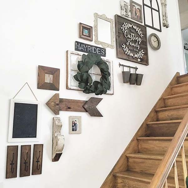 Farmhouse stairs decoration #staircase #stairs #stairway #stairsdecoration #homedecor #decorhomeideas