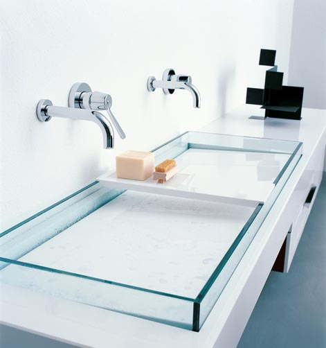 Glass trough bathroom sink #troughsink #bathroomsink #bathroom #sink #sinkmaterial #decorhomeideas