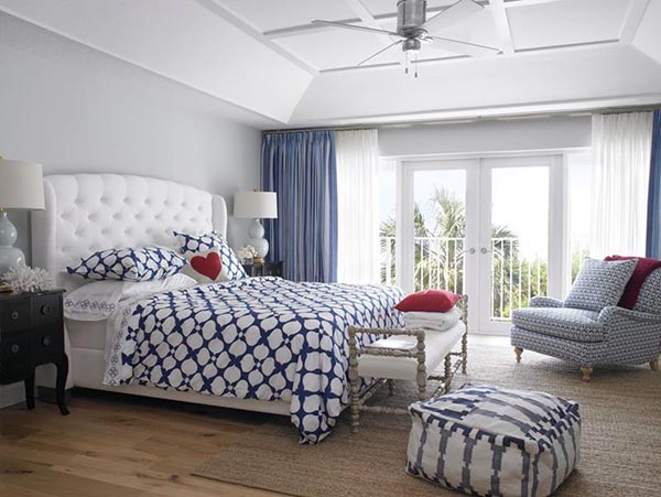 Nautical master bedroom with sitting area #bedroom #masterbedroom #sittingarea #homedecor #interiordesign #decorhomeideas