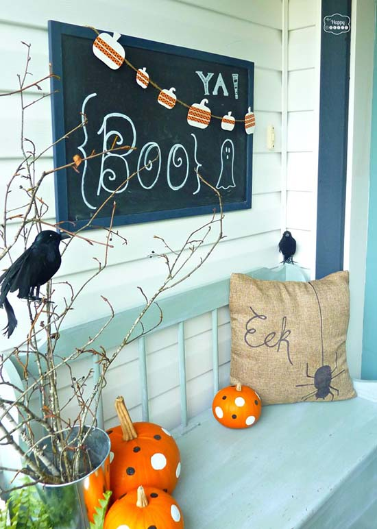 Not scary Halloween outdoor decoration #halloweendecorations #halloween #diyhalloween #halloweendecor #decorhomeideas