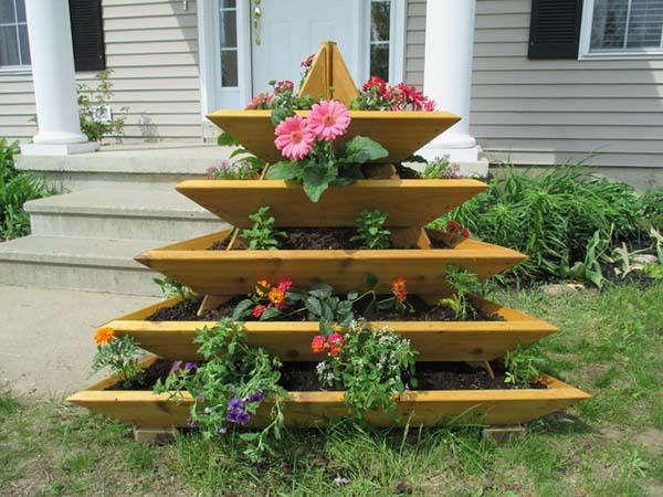 Pyramid tiered planter #tieredplanter #flowerplanter #planter #flowerpot #decorhomeideas