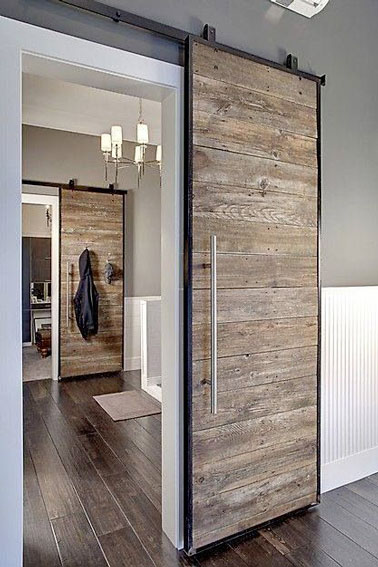 Rustic bedroom barn door #barndoor #bedroom #interior #homedecor #decorhomeideas
