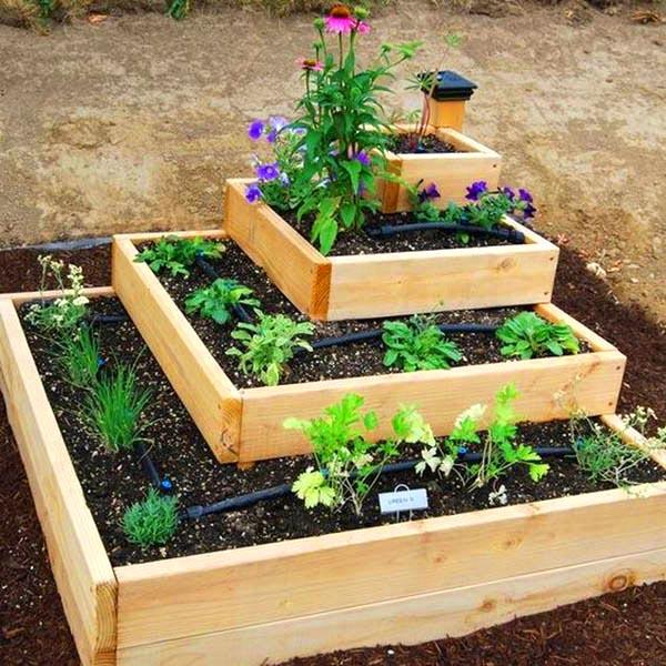 Square 5-tier plant stand #tieredplanter #flowerplanter #planter #flowerpot #decorhomeideas