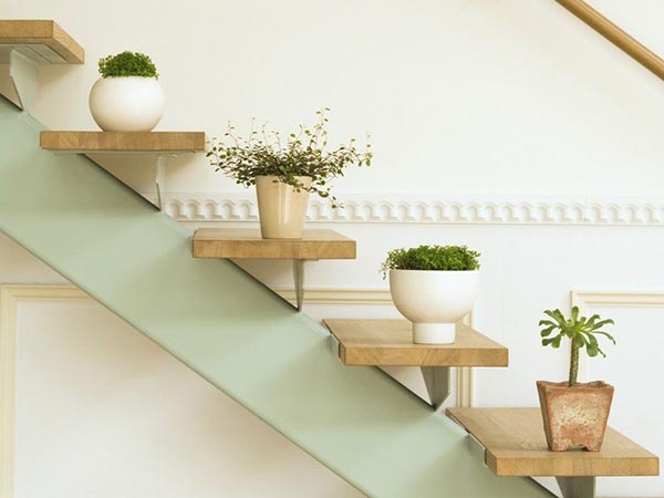 Stairs decoration flower planters #staircase #stairs #stairway #stairsdecoration #homedecor #decorhomeideas