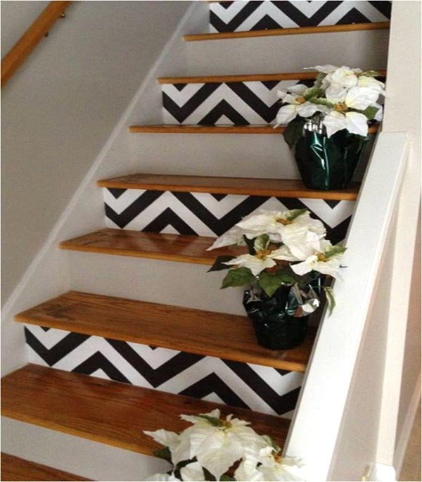 Stairs decoration with flowers #staircase #stairs #stairway #stairsdecoration #homedecor #decorhomeideas