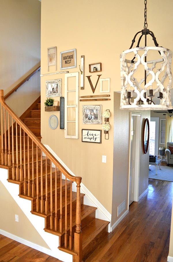 Vintage stairs decoration #staircase #stairs #stairway #stairsdecoration #homedecor #decorhomeideas