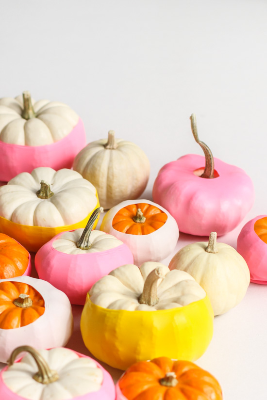 Balloon dipped pumpkins #pumpkin #falldecor #nocarve #homedecor #decorhomeideas