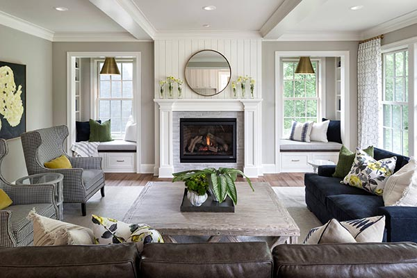 Beach house fireplace mantel with windows #fireplacemantel #fireplace #mantel #homedecor #decorhomeideas