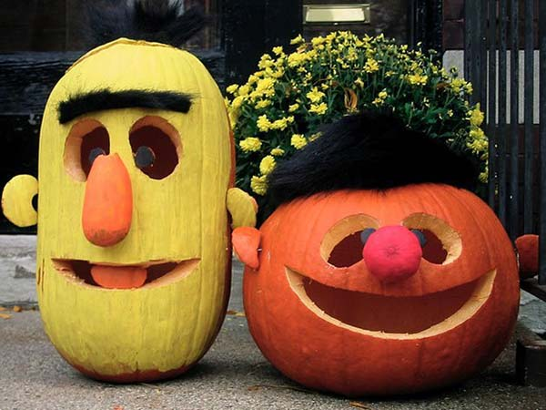 Bert and Ernie Lanterns #pumpkin #carving #halloween #falldecor #decorhomeideas