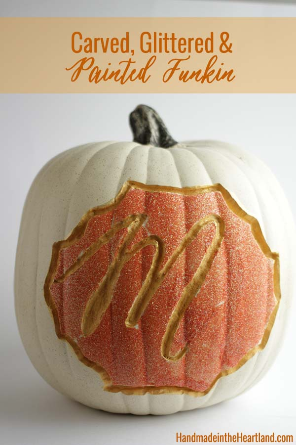 Carved Glittered Pumpkin #pumpkin #carving #halloween #falldecor #decorhomeideas