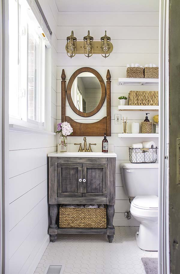 Country Bathroom Remodel #countrybathroom #countrydecor #bathroom #farmhouse #decorhomeideas
