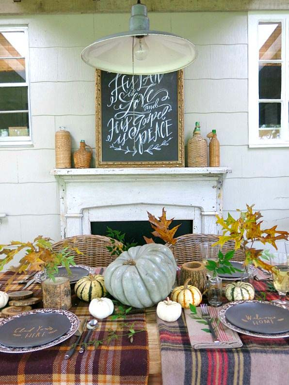 Countryside pumpkin fall centerpiece #pumpkindecor #centerpiece #falldecor #decorhomeideas