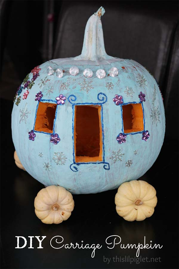 DIY Cinderella Carriage Carved Pumpkin #pumpkin #carving #halloween #falldecor #decorhomeideas