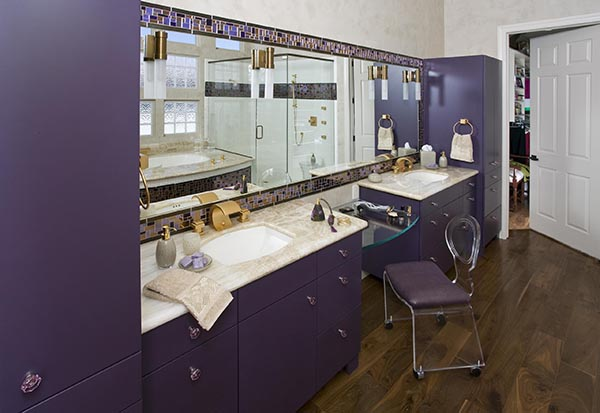 Dark violet bathroom design #purplebathroom #purple #bathroom #lavender #bathroomideas #decorhomeideas