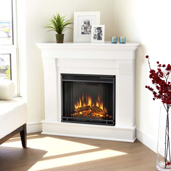 Classic white electric corner fireplace for living room #fireplace #fireplaceideas #corner #decorhomeideas