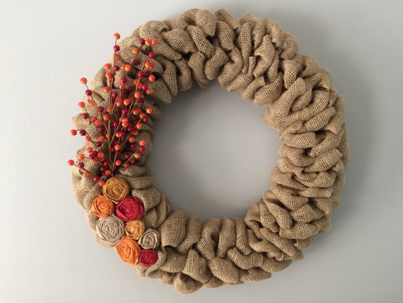Fall Burlap Wreath #wreath #falldecor #fallwreath #falldecoration #decorhomeideas