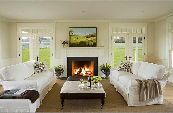 Fireplace mantel with glass doors on each side #fireplacemantel #fireplace #mantel #homedecor #decorhomeideas