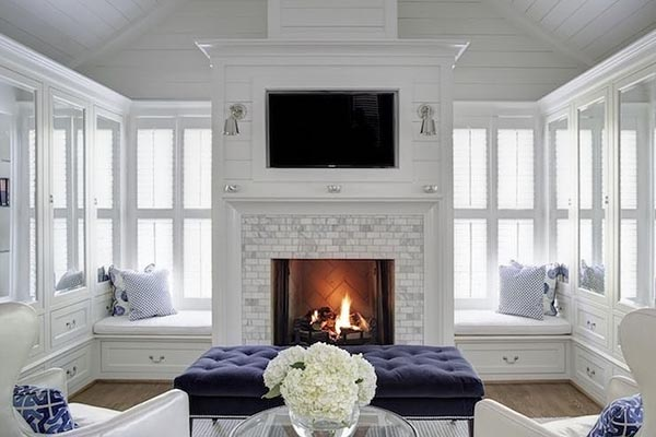 Fireplace with side seats #fireplacemantel #fireplace #mantel #homedecor #decorhomeideas