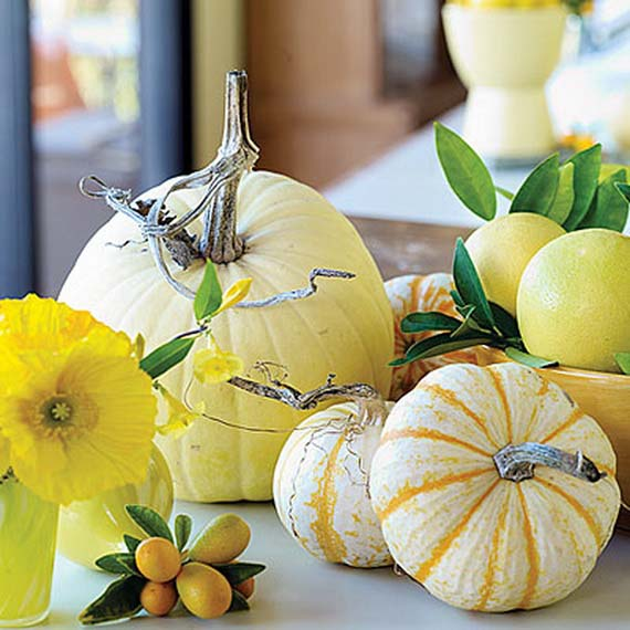 Lemon colored pumpkin fall centerpiece #pumpkindecor #centerpiece #falldecor #decorhomeideas
