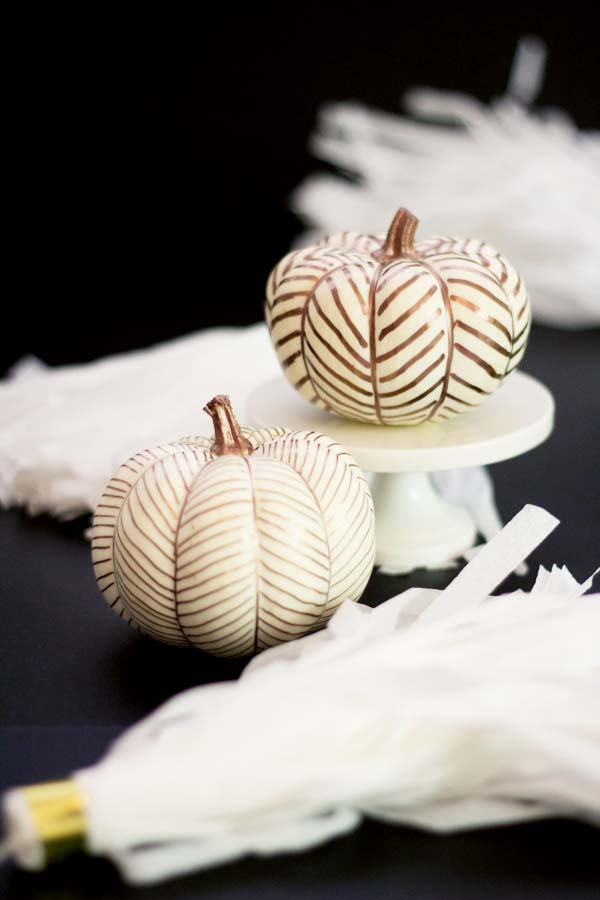 No-Carve Copper Pumpkins #pumpkin #falldecor #nocarve #homedecor #decorhomeideas