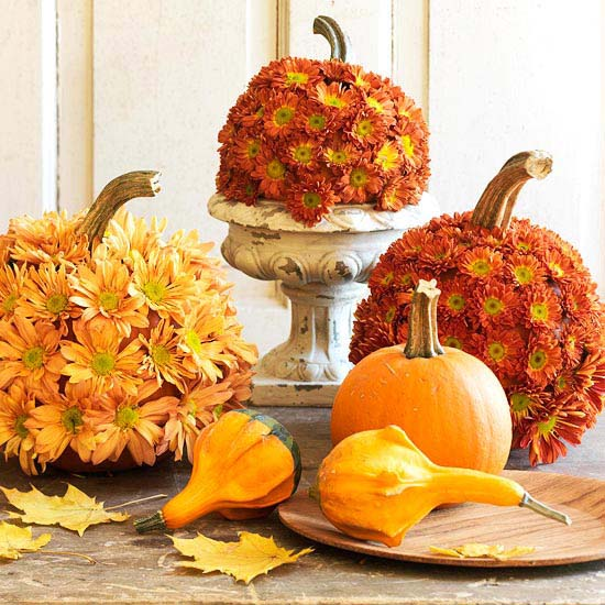 Pretty Pumpkin Fall Centerpiece #pumpkindecor #centerpiece #falldecor #decorhomeideas