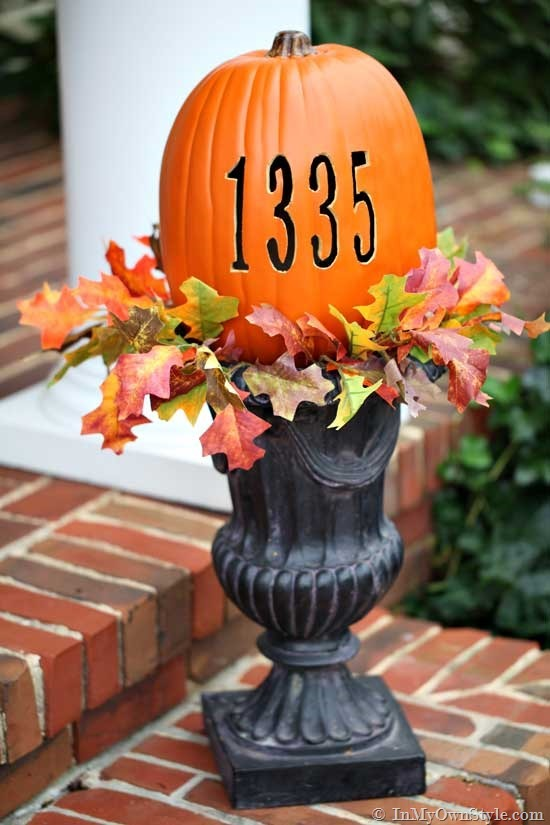 Pumpkin Carving Ideas In an urn #pumpkin #carving #halloween #falldecor #decorhomeideas