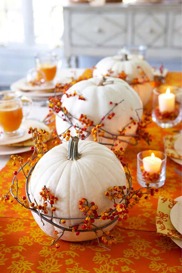 Pumpkin themed fall centerpiece ideas #pumpkindecor #centerpiece #falldecor #decorhomeideas