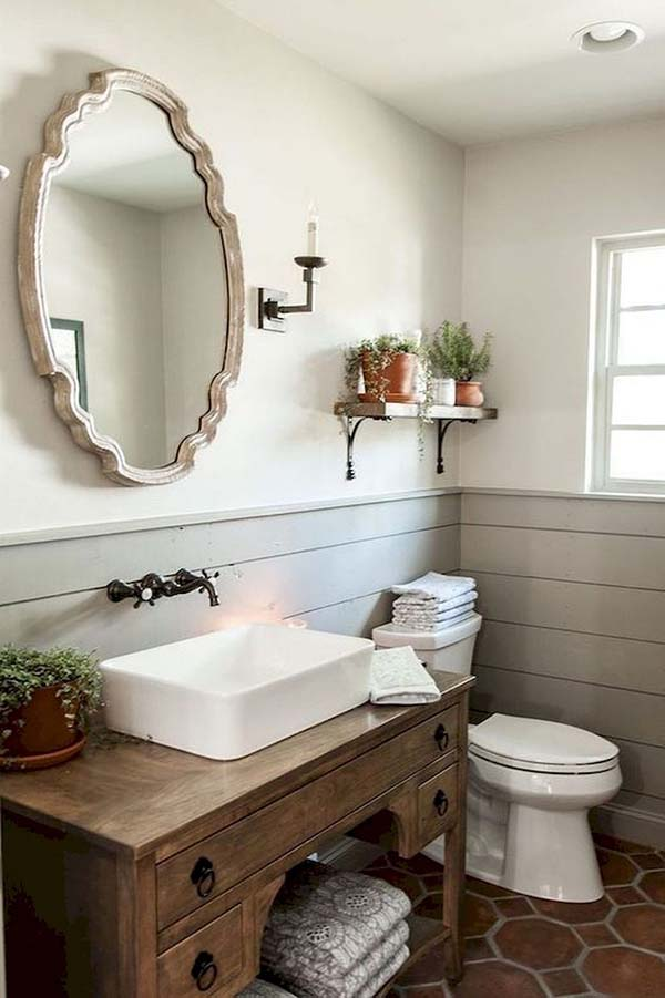 Simple Country Bathroom Decor #countrybathroom #countrydecor #bathroom #farmhouse #decorhomeideas