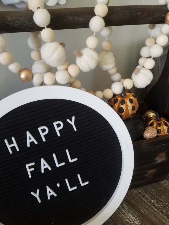 White Pumpkin Garland #falldecor #etsy #fallideas #falldecoration #decorhomeideas