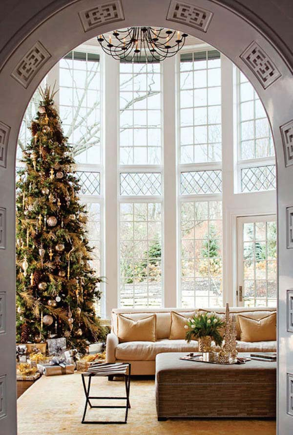 Arched Space Living Room #Christmasdecor #Christmas #livingroom #decorhomeideas