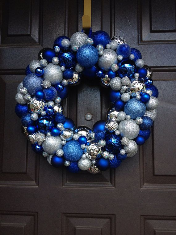 Blue and Silver Christmas Wreath #Christmas #Christmasdecor #blue #silver #turquoise #decorhomeideas
