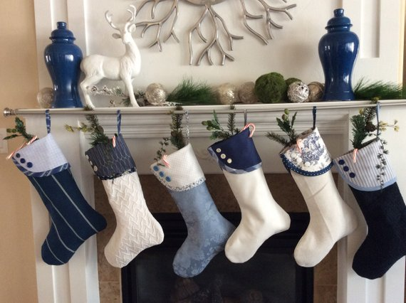 Blue and White Christmas Stockings #Christmas #Christmasdecor #blue #silver #turquoise #decorhomeideas