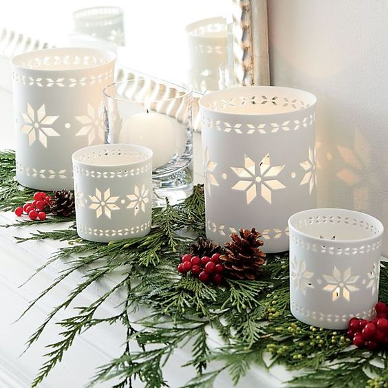 Carved White Candle Holders #Christmasdecor #Christmas #white #whitechristmas #decorhomeideas