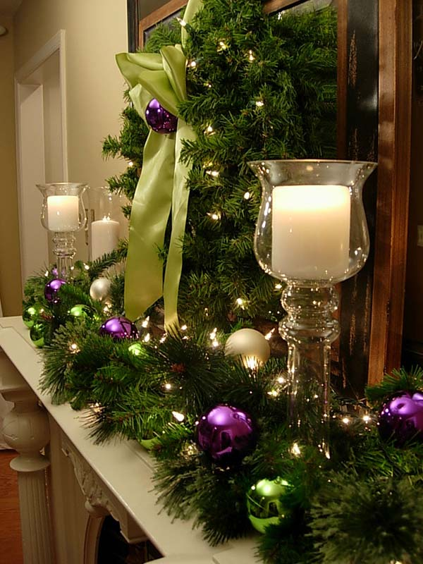 Christmas Decorated Fireplace Mantel In Purple #Christmasdecor #purple #Christmas #decorhomeideas