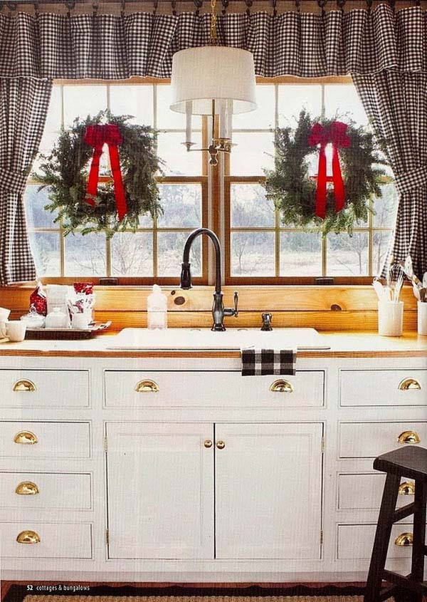 Country Christmas Kitchen #Christmas #Christmasdecor #kitchen #Christmaskitchen #decorhomeideas