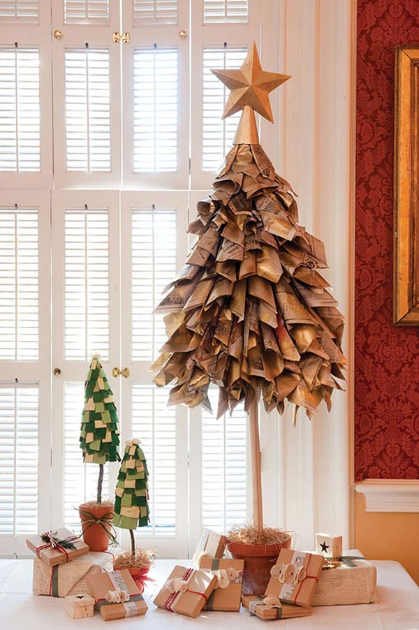 DIY Newspapers Christmas Tree #Christmas #Christmastree #homemade #DIY #Christmasdecor #decorhomeideas