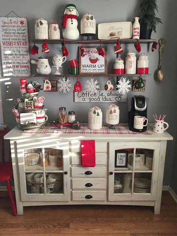 Farmhouse Christmas Kitchen Decor #farmhouse #Christmas #Christmasdecor #farmhousedecor #decorhomeideas
