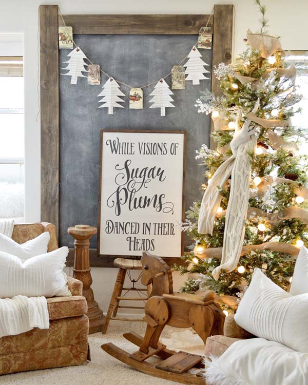 Farmhouse Living Room Christmas Decor #farmhouse #Christmas #Christmasdecor #farmhousedecor #decorhomeideas