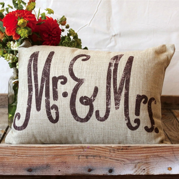Mr Mrs Linen Throw Pillow #rusticbedroom #rustic #bedroom #farmhouse #decorhomeideas