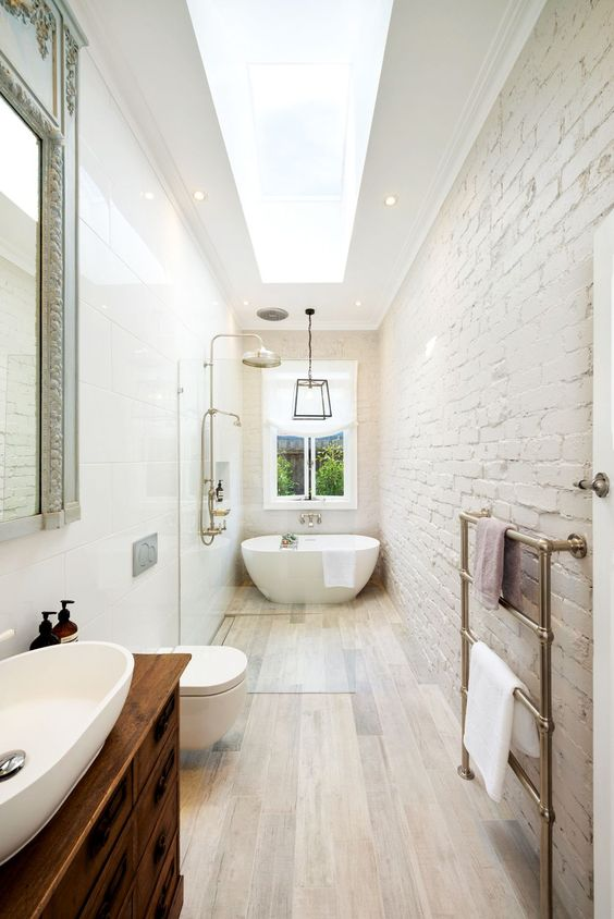 Narrow Bathroom With Accent Brick Wall #bathroom #narrow #narrowbathroom #decorhomeideas