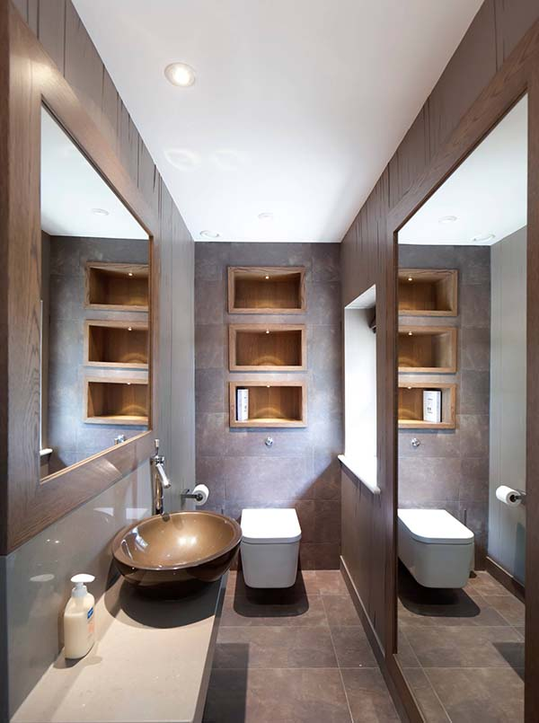 Narrow Bathroom With Big Mirror #bathroom #narrow #narrowbathroom #decorhomeideas