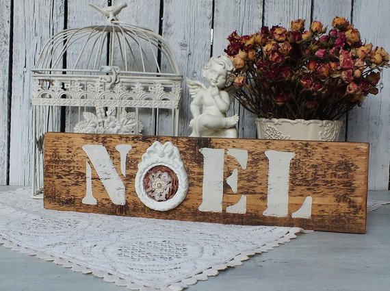 Noel Christmas Sign #farmhouse #Christmas #Christmasdecor #farmhousedecor #decorhomeideas
