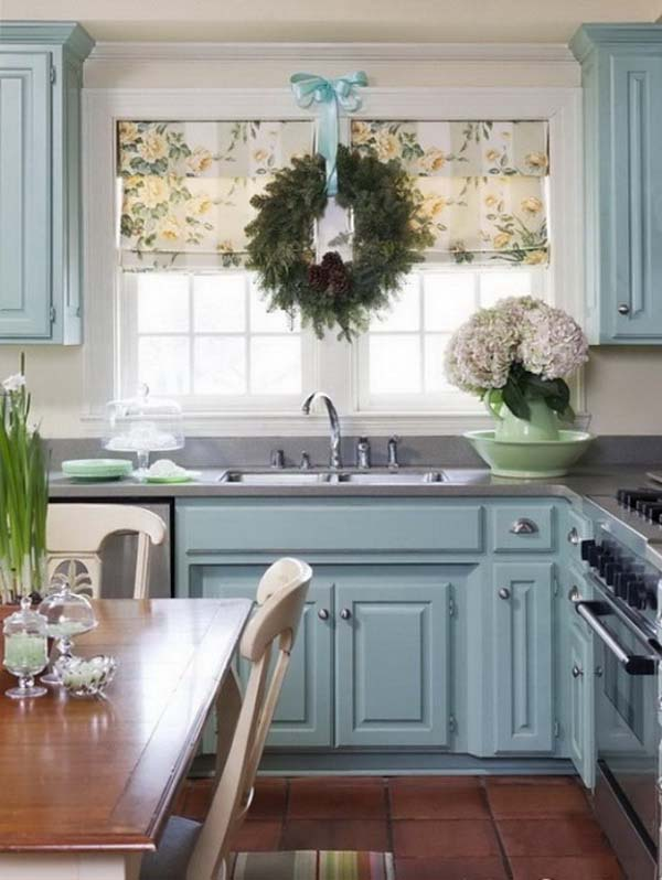 Pale Blue Christmas Kitchen Decor #Christmas #Christmasdecor #kitchen #Christmaskitchen #decorhomeideas