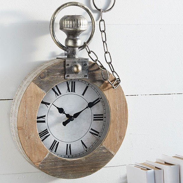 Pocket Watch Wall Clock Rustic Decor #rusticbedroom #rustic #bedroom #farmhouse #decorhomeideas