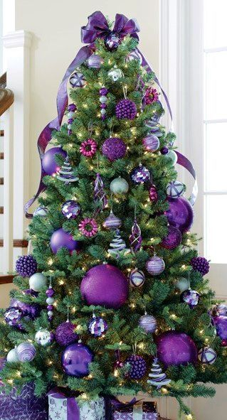 Purple Christmas Tree Decoration #Christmasdecor #purple #Christmas #decorhomeideas