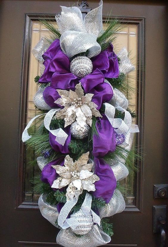 Purple Teardrop Christmas Wreath #Christmasdecor #purple #Christmas #decorhomeideas