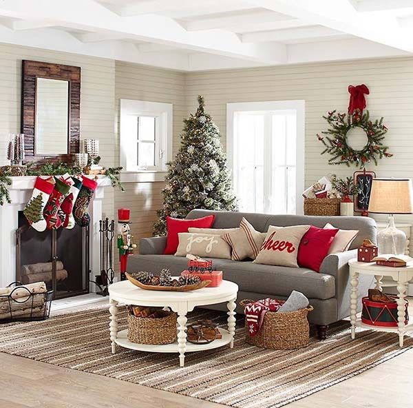 Red Accent Christmas Decor Living Room #Christmasdecor #Christmas #livingroom #decorhomeideas